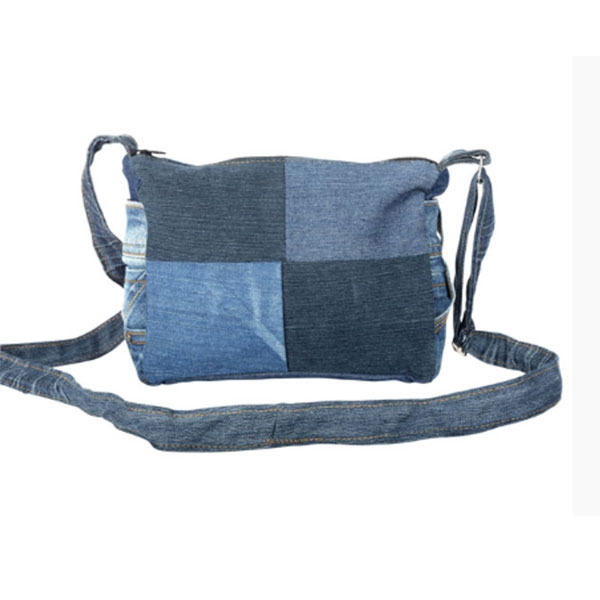 SHOULDER BAG WITH POCKETS